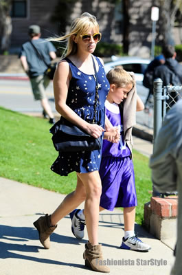 Reese WitherspoonMAR12031004