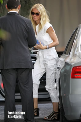 GwynethPaltrow4APR13040501